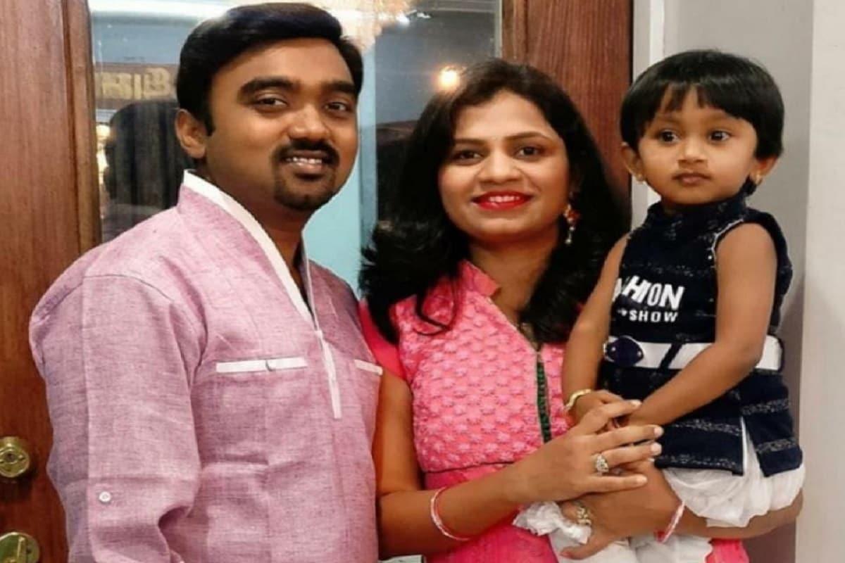 balaji and wife1
