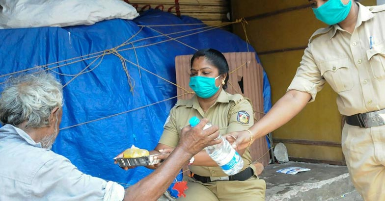 Kerala police   Bignewslive